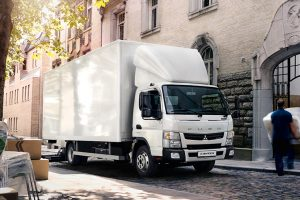 FUSO Canter TF1 Koffer weiß